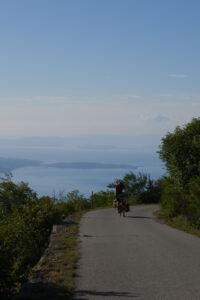 Read more about the article Rauf aufs Festland und hoch in die Berge