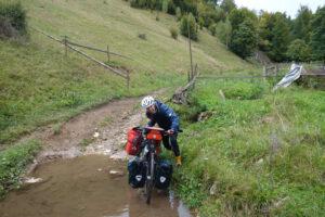 Read more about the article Eine Schlammfahrt nach Rucar